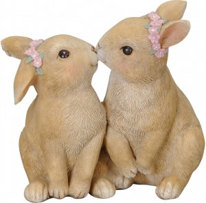 Ornamental Kissing Bunnies With Flowers